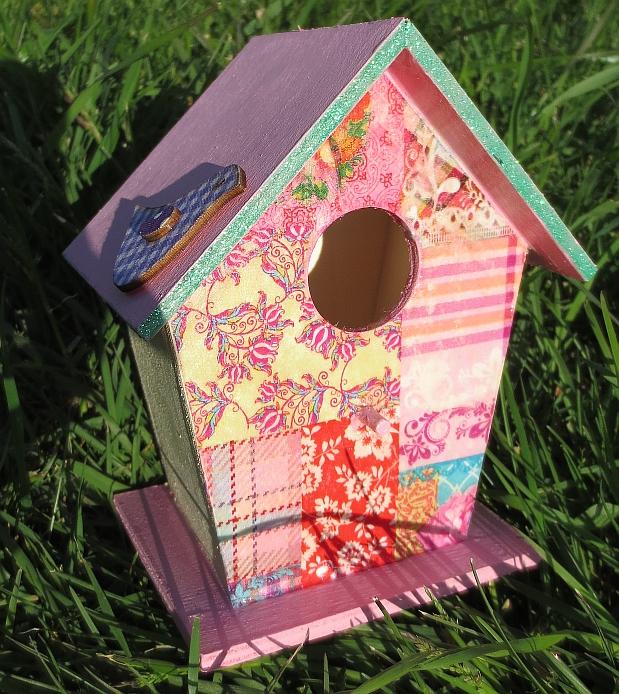 Dekoracia - búdka pre vtáčiky