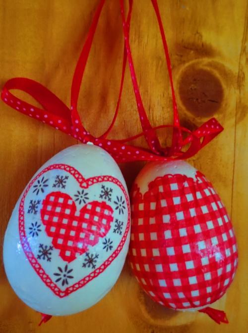 Polystyrénové vajíčko - decoupage